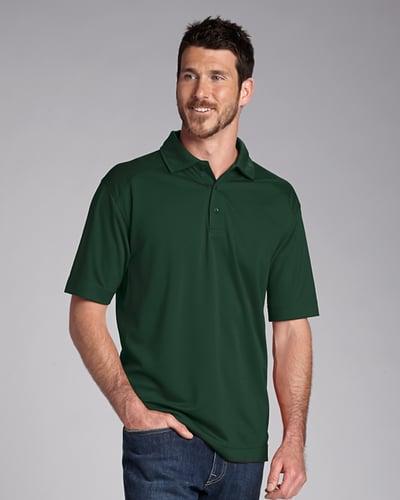Man Wearing Cutter Buck Big Tall Genre Polo in Dark Green